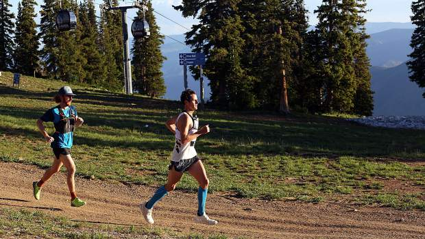 Joshua Eberly gets 'redemption,' wins Power of Four 50k trail run