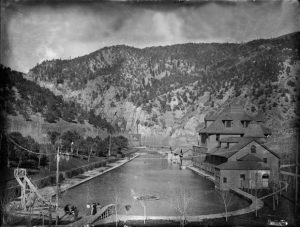 Willoughby: Glenwood pool, the center of Colorado's water wonderland