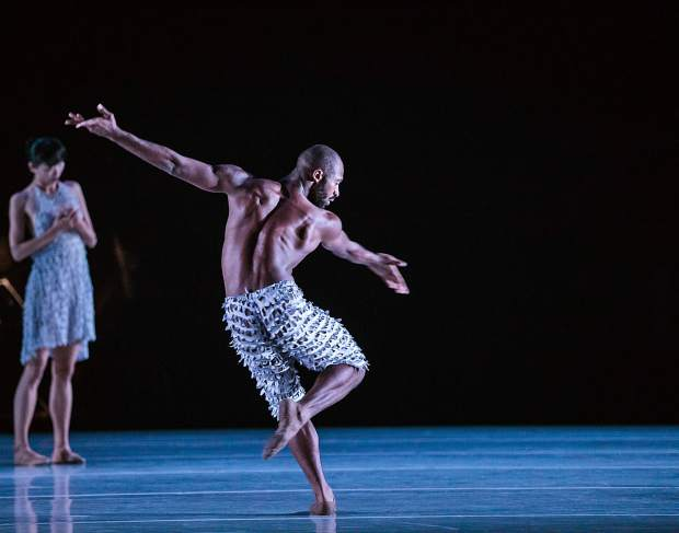 """Alonzo King LINES Ballet brings """"Handel"""" and """"Common Ground"""" to Aspen"""