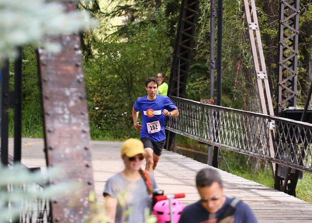 Aspen's Noah Hoffman approaches the finish line of the Aspen Backcountry Marathon on Saturday, Aug. 10, 2019, at Rio Grande Park. Hoffman, a former professional cross-country skier and two-time Olympian, won the race in 3 hours, 30 minutes. (Photo by Austin Colbert/The Aspen Times)
