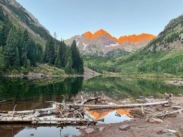 Sunrise at the Maroon Bells, as our trek to Crested Butte began.