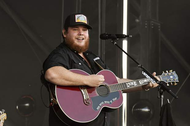 Luke Combs play at the JAS Labor Day Experience in Snowmass Village on Saturday, Aug. 31.