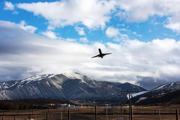 Business Monday: Commercial flight schedule takes shape for Aspen winter