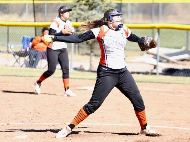 Lamar's Shania Sigala pitches against Basalt High School in the regional championship game on Saturday, Oct. 19, 2019, on the BHS field. (Photo by Austin Colbert/The Aspen Times)
