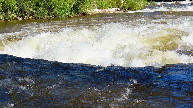 Public asks Pitkin County for Basalt whitewater park to be safer
