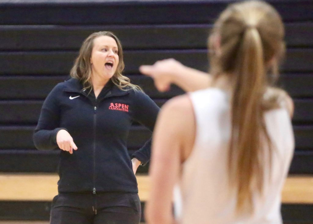 Aspen High School girls basketball coach Lindsey Aldridge instructs during practice on Wednesday, Dec. 4, 2019. (Photo by Austin Colbert/The Aspen Times)
