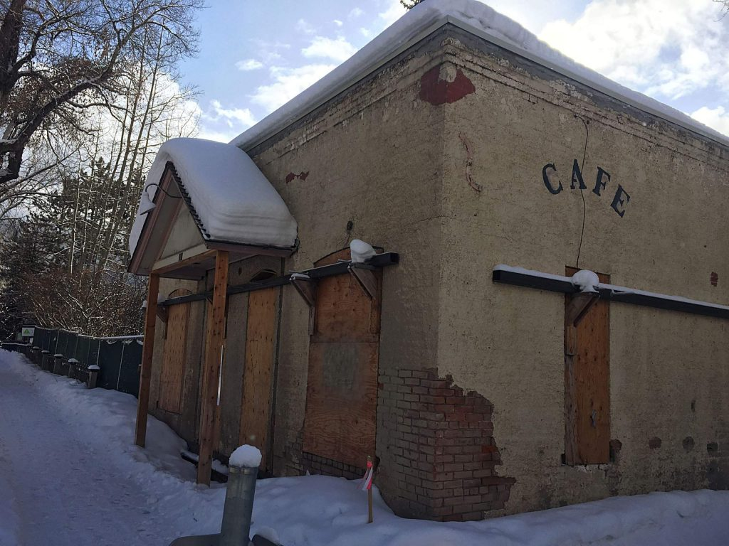Developer Mark Hunt received approval to redevelop the Main Street Bakery property. He hopes it will be the location of a diner but market forces are at play on who the tenant will be.