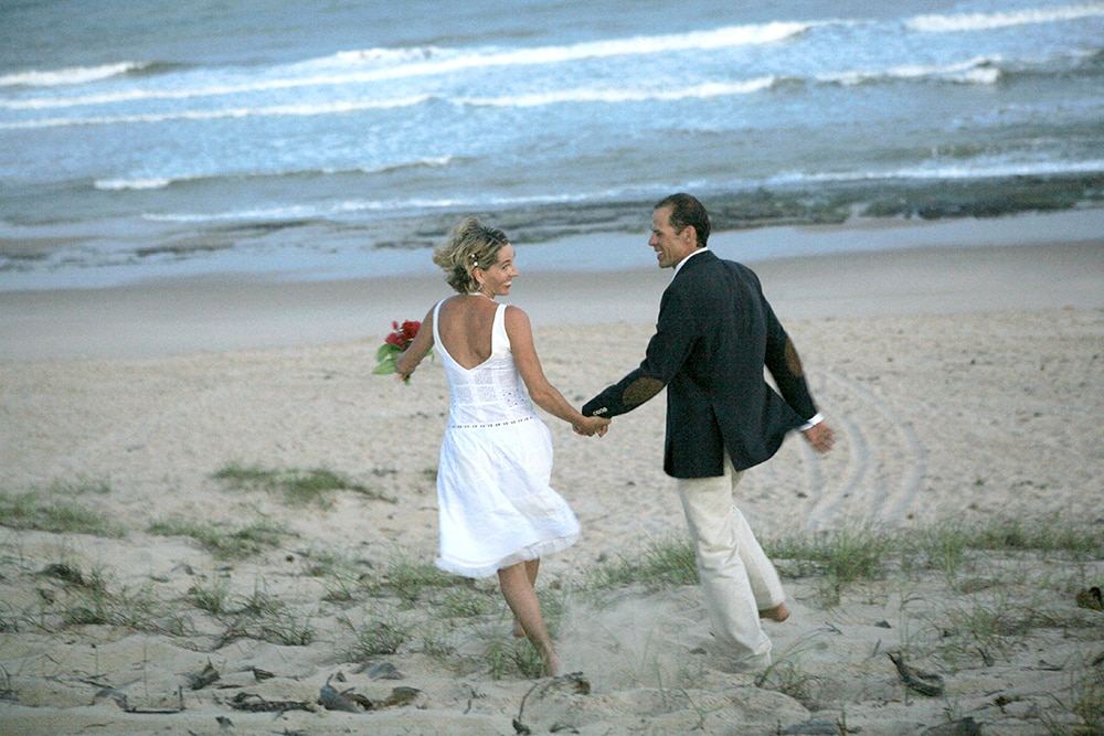 Catherine Lutz and Mike Sladdin married on a beach in Bahia, Brazil, on 11-11-08 and been partners in life adventures ever since.