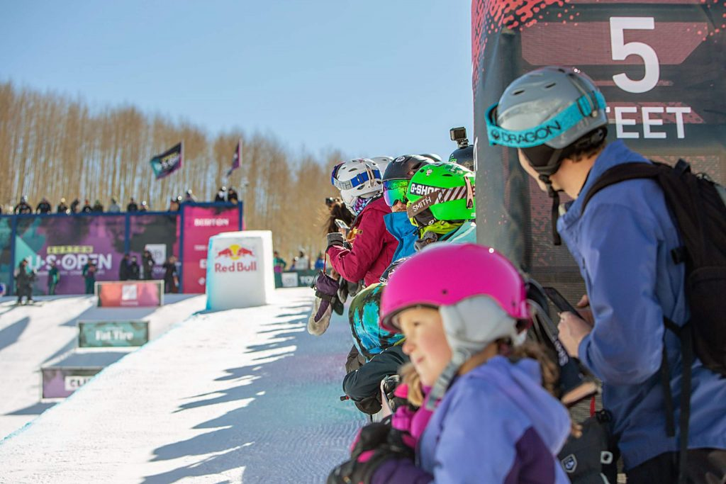 The crowd looks on as Women's Halfpipe Finals gets started.