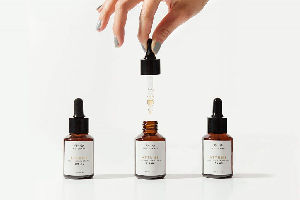 Attune tinctures come in three strengths: 300, 725, and 1,000 milligrams.
