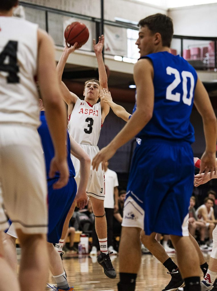 Aspen's Lucas Lee shoots the ball during the first half of the game against Cedaredge on Saturday, Feb. 22, 2020. (Kelsey Brunner/The Aspen Times)