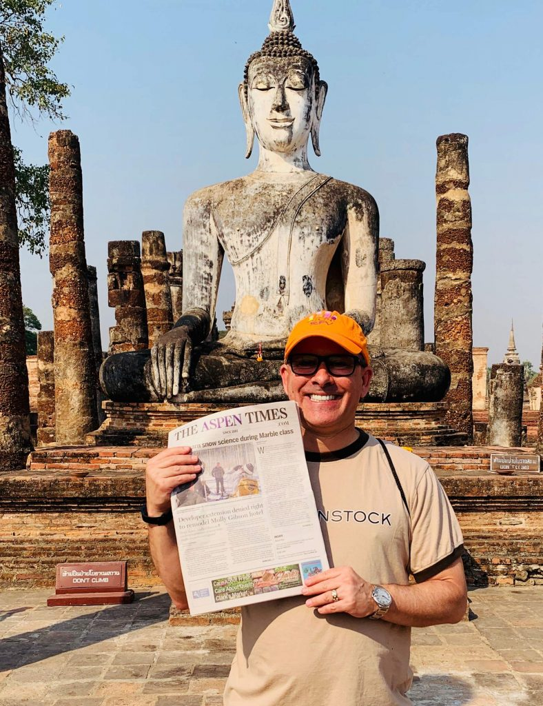 Reader Gregg Kaminsky shows off an Aspen Times during his February visit to Thailand. Email your