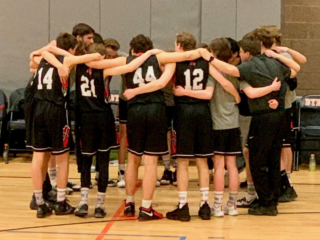 Aspen boys basketball season ends with first-round playoff ...