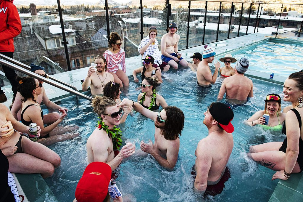 People enjoy the hot tub on The W rooftop during Aprés on Thursday, March 5, 2020.