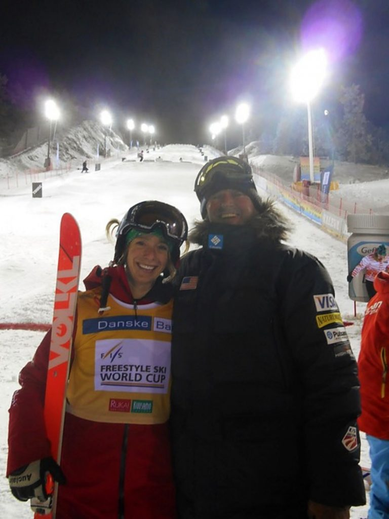Scott Rawles (right) poses for a photo with American mogul skiing legend Hannah Kearney in Ruka, Finland in 2017.