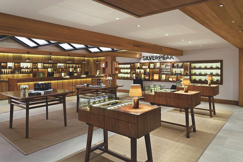 The luxury cannabis dispensary Silverpeak announced Monday it will be expanding into the former 520 Grill restaurant and rebranding it Silverpeak Grill.