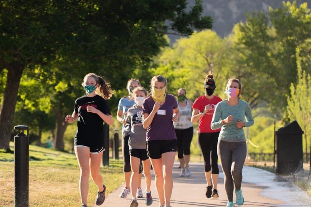 Roaring Fork Women's Triathlon Team members, from left, Kenna Wilson, Ella Lindenberg, Ella Johnson, Ashley Adams, Bridget Derkash, co-lead coach Sharma Phillips and Claire Wright go out for a run.