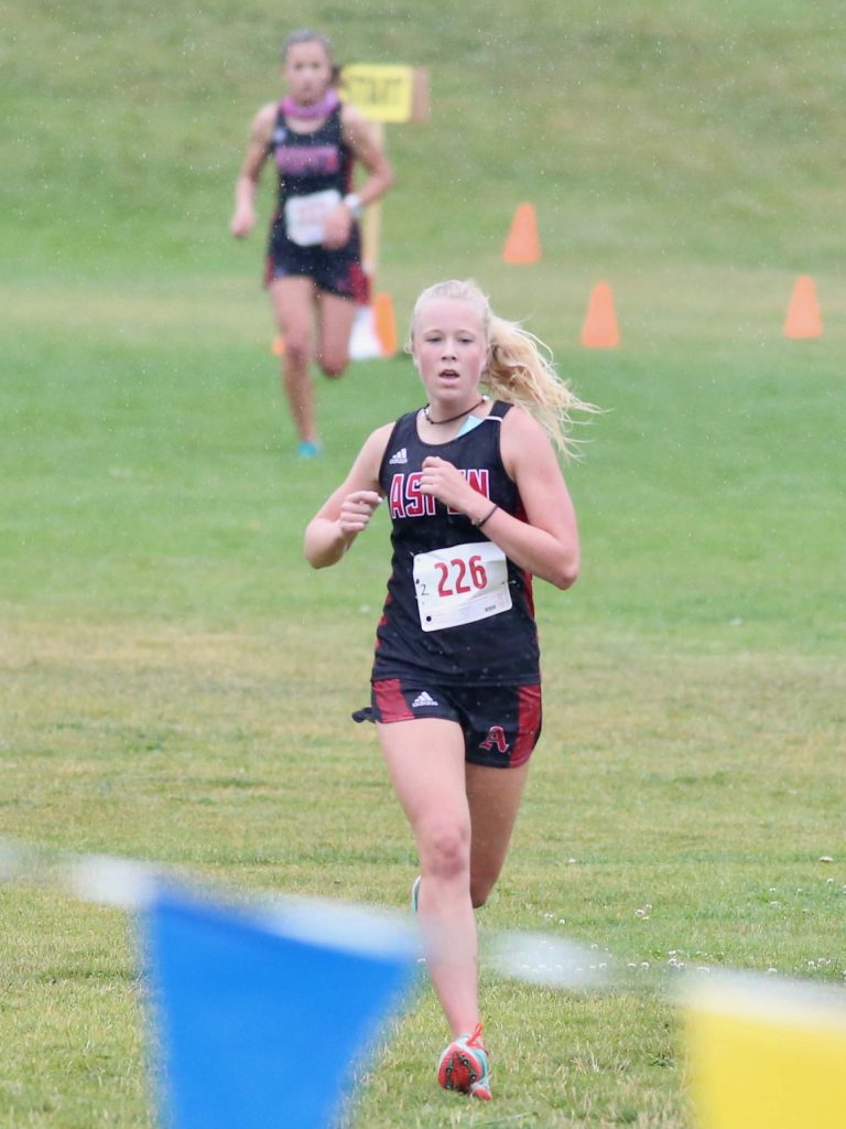 Aspen's Kendall Clark competes in the Longhorn Invitational cross country meet on Saturday, Aug. 29, 2020, at Crown Mountain Park in El Jebel. (Photo by Austin Colbert/The Aspen Times)