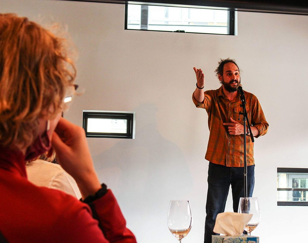 AJ Finney, a Denver-based comedian, shares a story during the live storytelling event held in Snowmass on Aug. 9, 2020. (Maddie Vincent/Snowmass Sun).