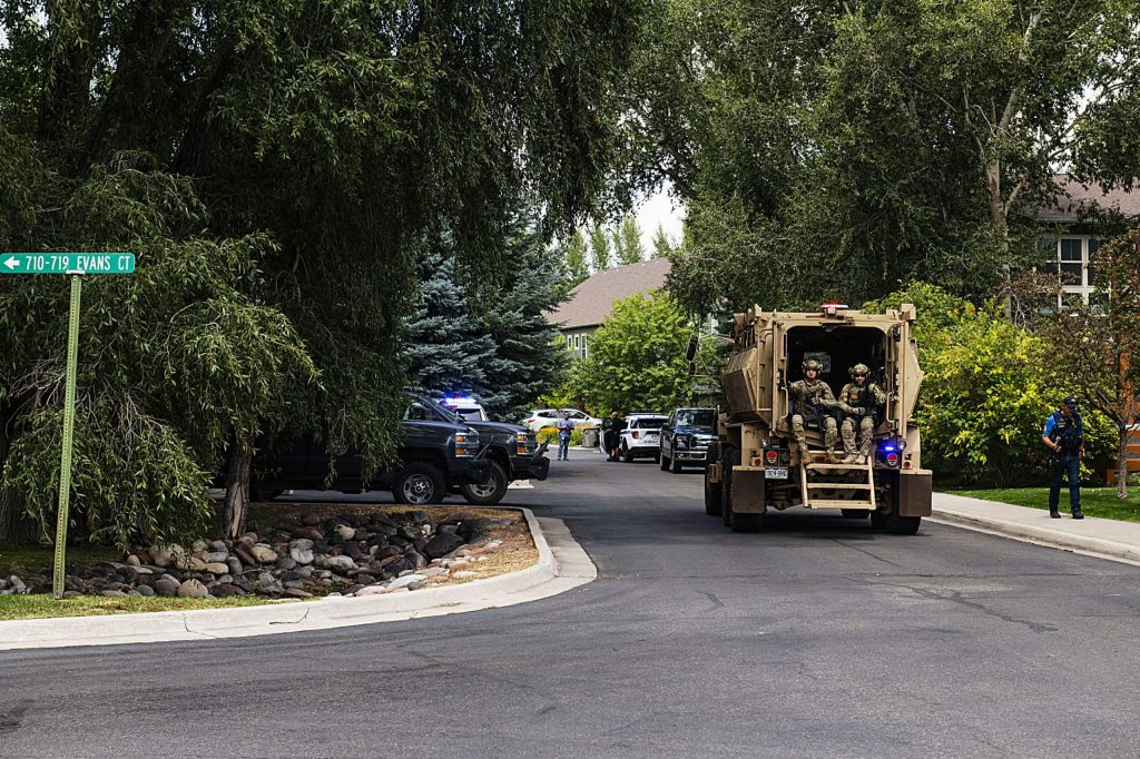 Eagle County's Special Operations Unit arrives to the scene to assist with bringing the final persons into custody on Evans Court in Basalt on Thursday, August 27, 2020. (Kelsey Brunner/The Aspen Times)