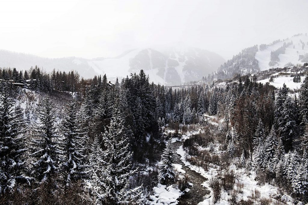 Snow continues to fall over Aspen Highlands on Tuesday, Feb. 4, 2020. Overnight, the four mountains received between four to six inches of snow and more is forecasted. (Kelsey Brunner/The Aspen Times)
