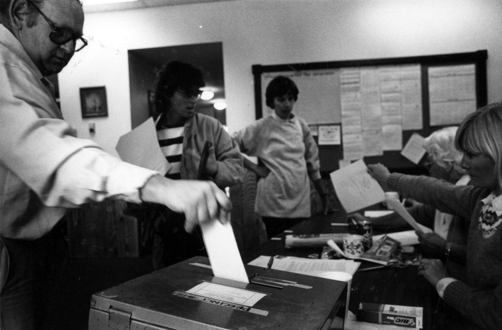 Votors participating in special district elections in Aspen in May 1986.