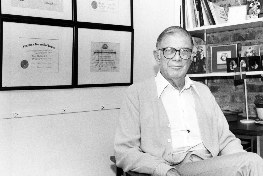 Dr. Robert Oden in his office, May 9, 1985.