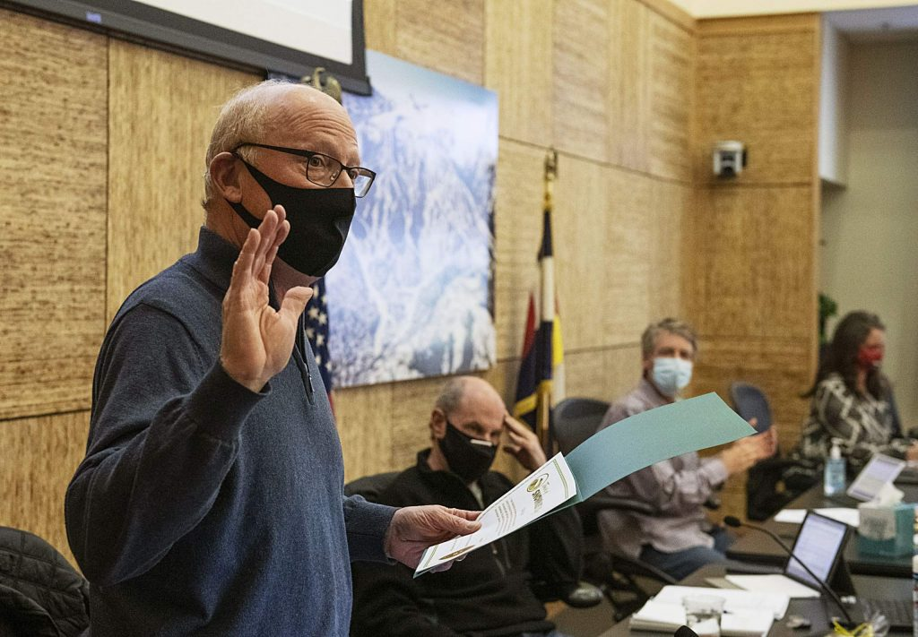 Tom Goode is sworn in to Snowmass Town Council in Town Hall on Monday, Nov. 16, 2020. (Kelsey Brunner/The Aspen Times)